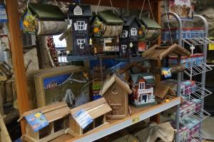 Winterfutter-Häuser in großer Auswahl